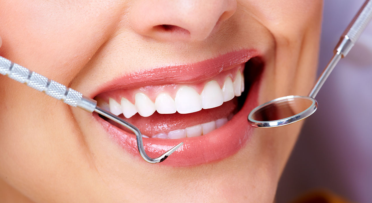 Advice from a Lone Tree Endodontist – 5 Ways to Keep Your Gums Healthy